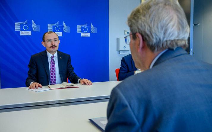 Ticaret Bakanı Mehmet Muş, Brüksel'de basın toplantısı düzenledi