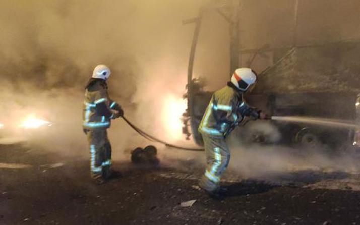 Facianın eşiğinden dönüldü! Bursa'da lastiği patlayan yolcu otobüsü alev alev yandı