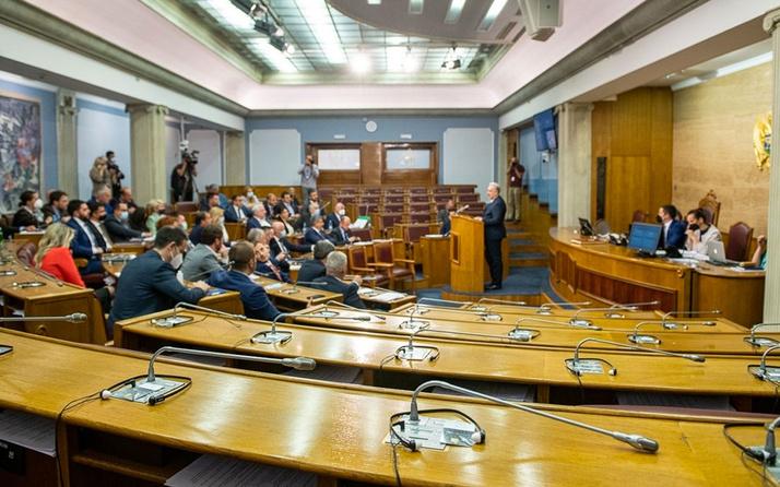Karadağ'da, Srebrenitsa soykırımı yasa tasarısını kabul edildi