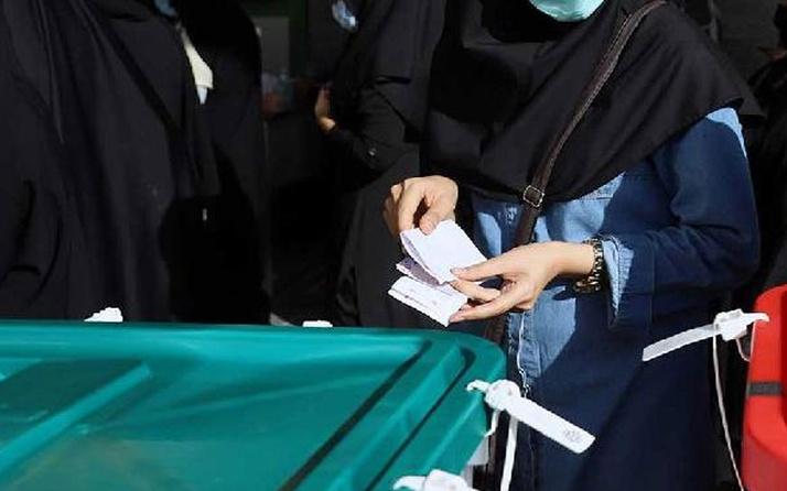 İran'ın güneyinde seçim sandıklarını taşıyan helikopter düştü: 1 polis öldü