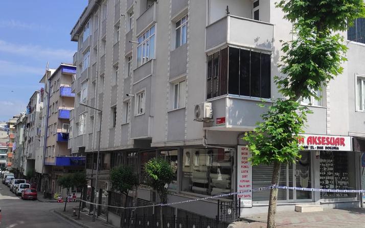 Güngören'de deprem sonrası binadan sesler geldi acil boşaltıldı