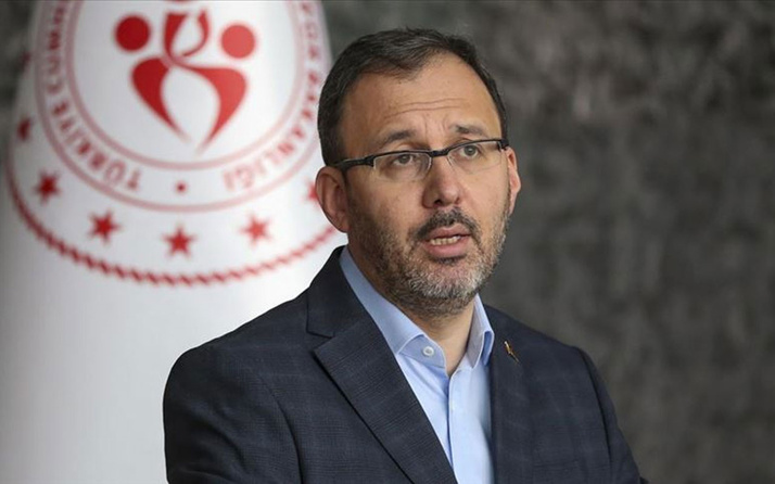 Bakan Mehmet Muharrem Kasapoğlu A Milli Erkek Voleybol Takımı'nı tebrik etti