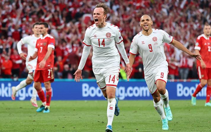EURO 2020 B Grubu'nda Belçika ile Danirmarka turladı