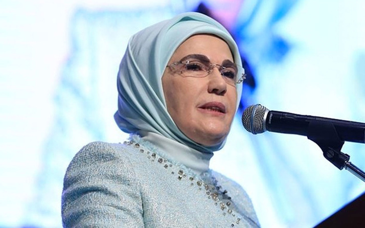 Emine Erdoğan: Kültürün zayıfladığı yerde 'biz' duygusu mevzi kaybeder