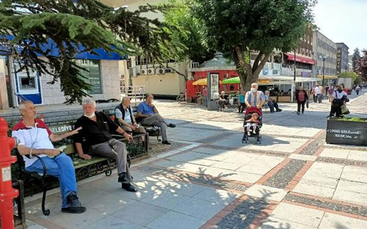 Vaka sayısı düştü!  Edirne'de caddelere banklar yeniden konuldu