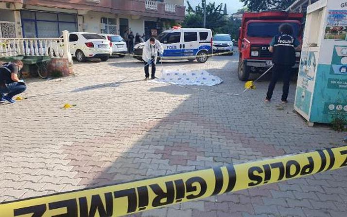 Bursa'da korkunç olay! Bahçe duvarı nedeniyle tartıştığı komşusunu öldürdü