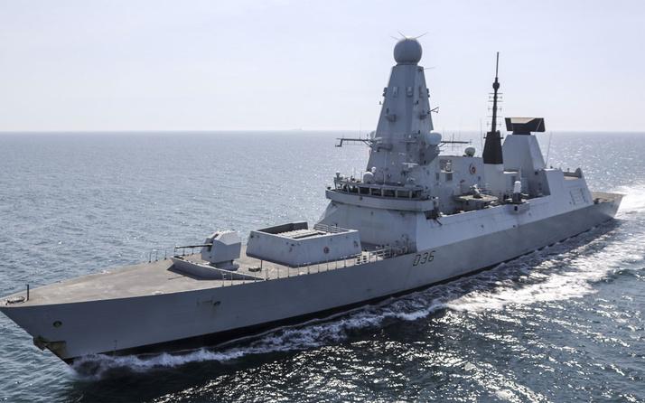 Rusya Karadeniz'de İngiliz savaş gemisine uyarı ateşi açtı İngiltere'den jet açıklama
