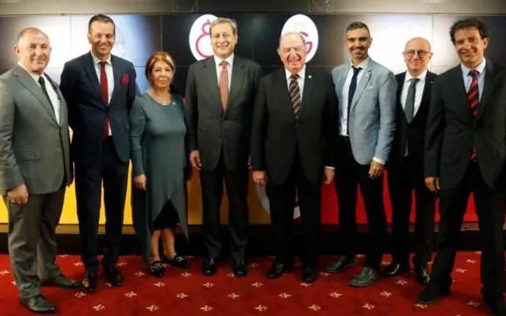 Galatasaray'da Burak Elmas döneminin görev dağılımı yapıldı