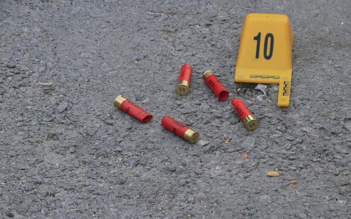 Adana'da silahlı çatışma 1 ölü 6 yaralı