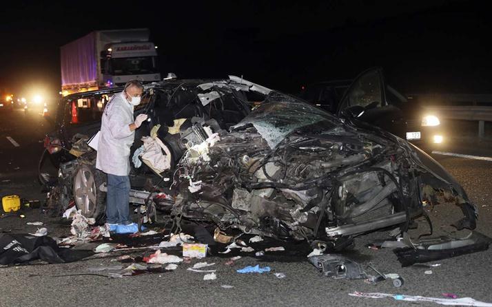 Ankara Çevre Yolu'nda otomobil TIR'a arkadan çarptı: 3 ölü, 1 yaralı