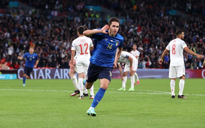 EURO 2020'de ilk finalist İspanya'yı penaltılarda deviren İtalya oldu