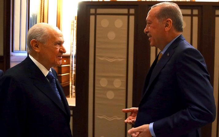 MHP Lideri Devlet Bahçeli'den, Cumhurbaşkanı Erdoğan'a manidar hediye