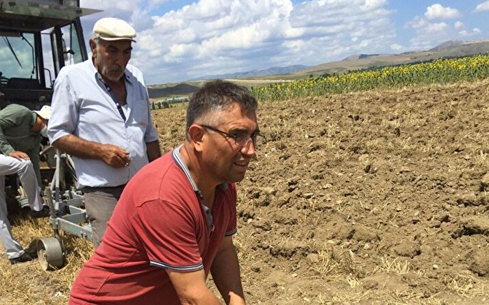 Çorumlu çiftçi tarlasını sürerken buldu apar topar ekiplere haber verdi