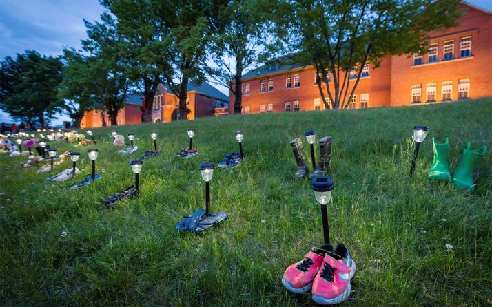 Kanada'daki bir yatılı kilise okulunda 160 isimsiz çocuk mezarı daha bulundu