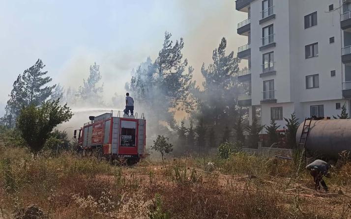 Osmaniye'de korkutan yangın! Evlere kadar yaklaştı alevlere müdahale ediliyor