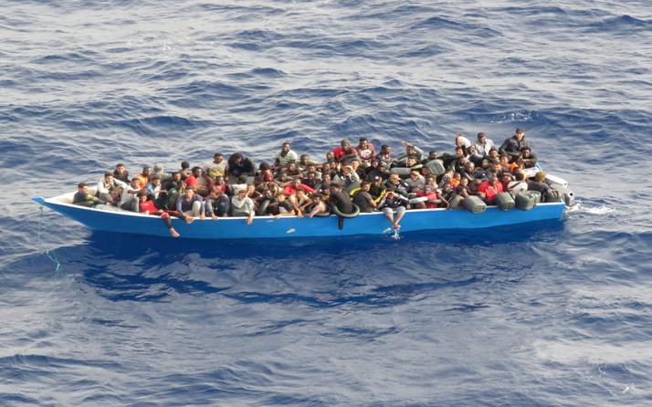 MSB duyurdu: Sürüklenen 80 göçmen kurtarıldı