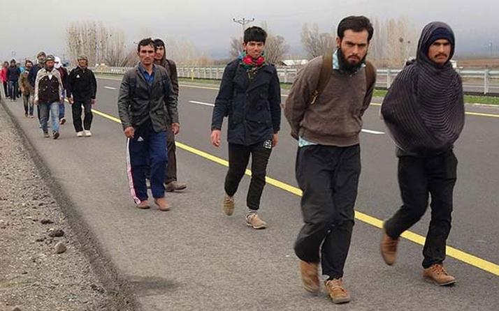 CHP'li Özgür Özel Türkiye'deki Afganlar ile ilgili rakam verdi