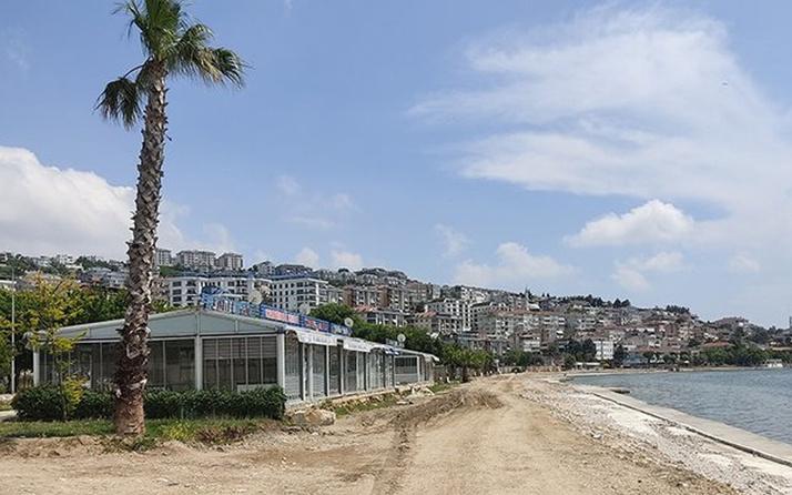 İBB Büyükçekmece Sahili'ni bir türlü bitiremedi! Her yer çukur tehlike saçıyor