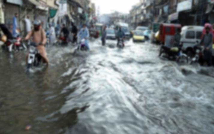 Pakistan'da aşırı yağışlar! 4 kişi hayatını kaybetti