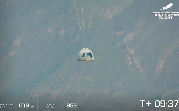 Tarihi uçuş gerçekleşti! Jeff Bezos uzaya gitti
