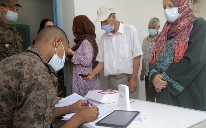Vaka sayıları patlamıştı Tunus'ta Sağlık Bakanı'na şok!
