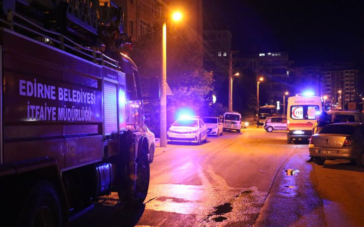 Edirne'de Bayram tatiline giden ailenin evi yandı