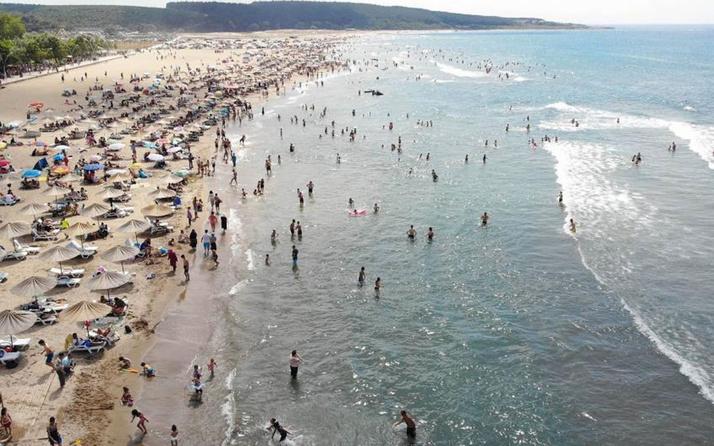 Kandıra'da 3 plaj hariç denize girmek yine yasaklandı