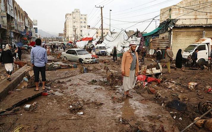 Yemen'de sel felaketi! 14 ölü