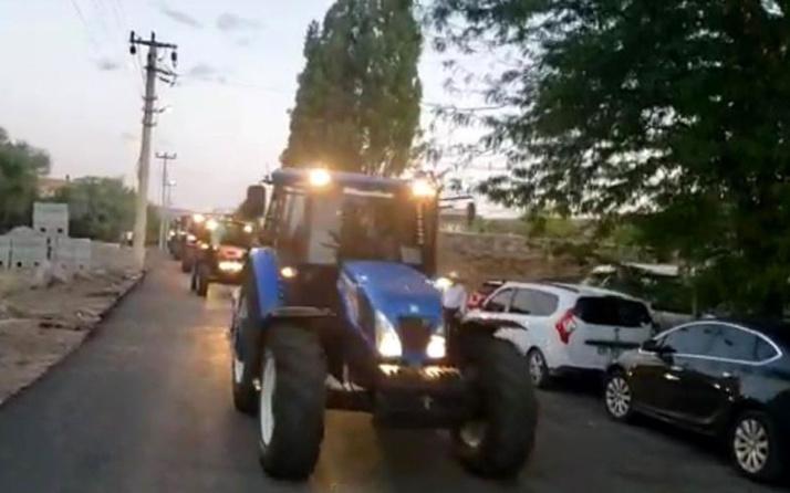 Elazığ'da damat çiftçi olunca düğün konvoyunu traktörler oluştu