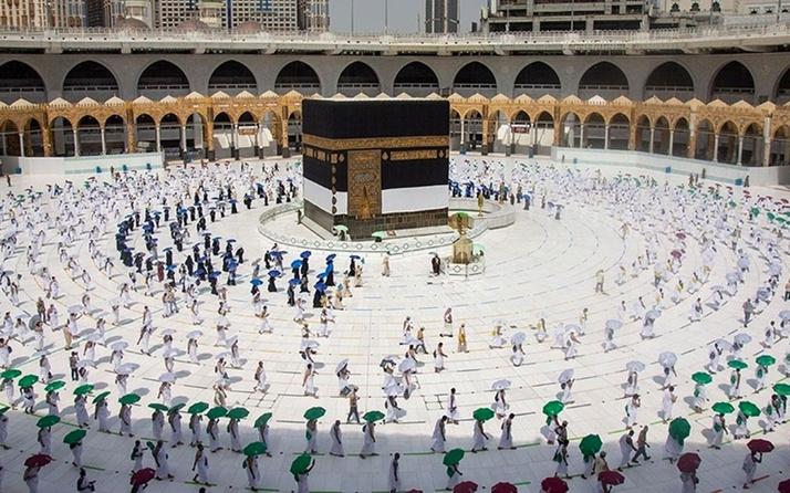 Suudi Arabistan bugün itibarıyla umre sezonunun başladığını duyurdu