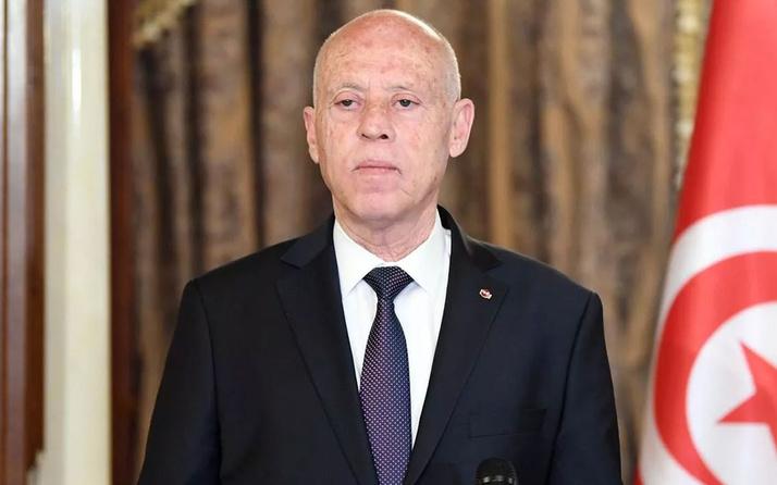 Tunus Cumhurbaşkanı, Başbakan Meşişi'yi görevden aldı