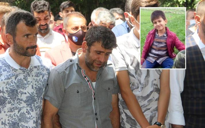 Erzurum'da 12 yaşındaki Muhammet Tortum Gölü'nde boğuldu acılı baba cenazede zor ayakta durdu