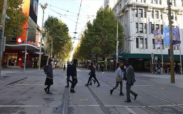 Avustralya'nın Sydney kentindeki Kovid-19 yasakları 4 hafta uzatıldı