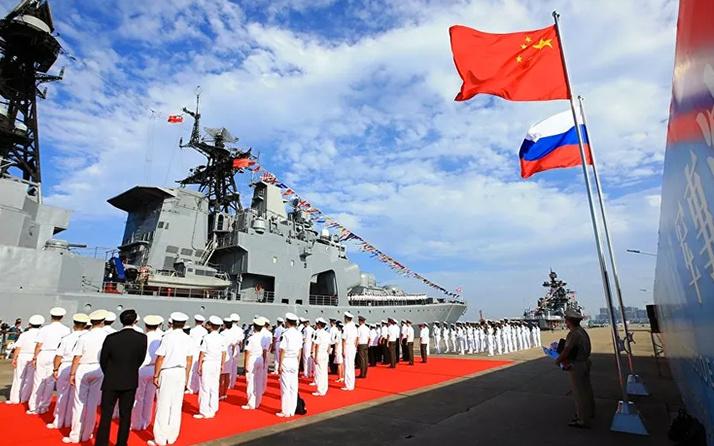 Rusya ile Çin'den 10 bin askerle ortak tatbikat