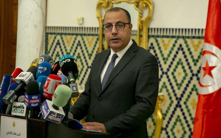 Tunus Başbakanı darbe girişiminden önce istifa etmesi için darp edilmiş