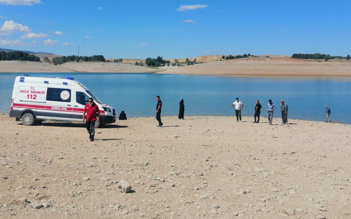 Kayseri'de baraja giren 3 kız kayboldu! Ekipler alarma geçti