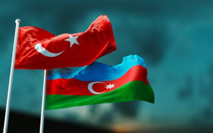 Azerbaycan'dan Türkiye'ye orman yangınlarıyla mücadele için destek