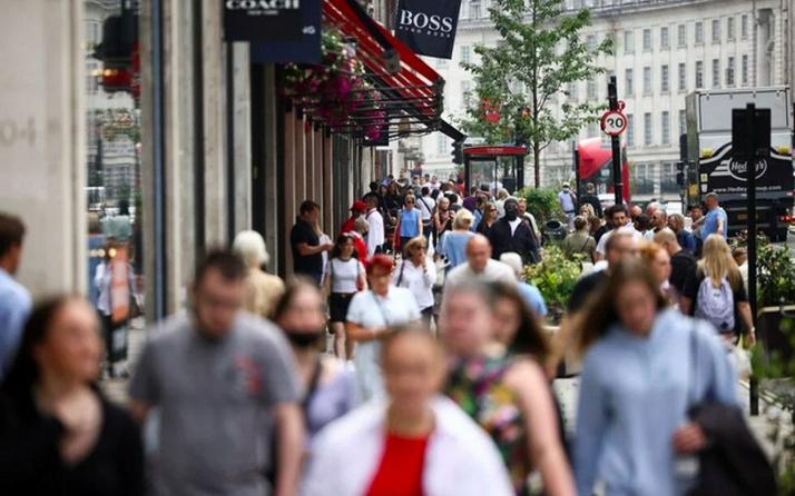 İngiltere'de sürü bağışıklığı yüzde 87'ye ulaştı
