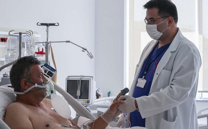 Yoğun bakımdaki aşısız hasta başına gelenleri anlattı! Yanından maskesiz geçen bulaştırıyor
