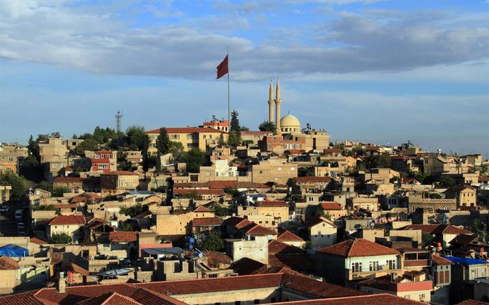 Gaziantep'te araç lastiği yakanlara 402 bin lira ceza kesilecek