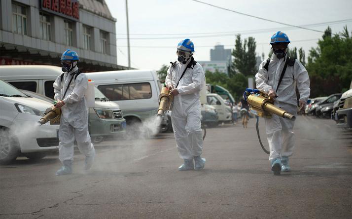 Çin'in başkenti Pekin'e ulaşım Kovid-19 tedbirleri kapsamında kısmen durduruldu
