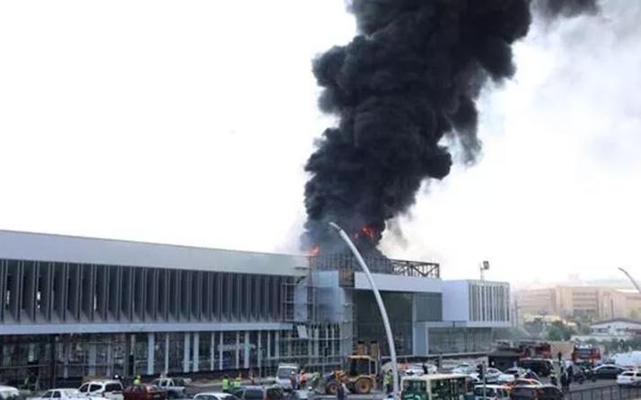 Ankara'da YHT Gar binasının yanında yangın paniği! Vali Vasip Şahin'den açıklama