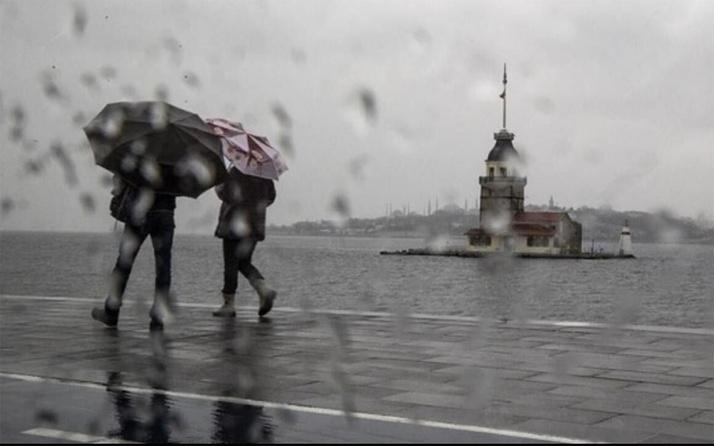 İstanbul'da üst üste uyarı yapılan şiddetli yağış başladı! Orhan Şen 'şehir seli' uyarısı yaptı
