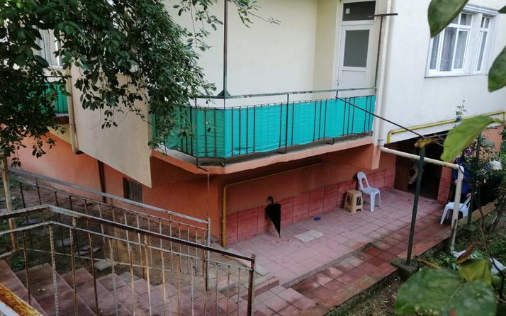 Kocaeli'de komşuları ulaşamadı! Kokuyu duyup eve giren ekipler şok oldu