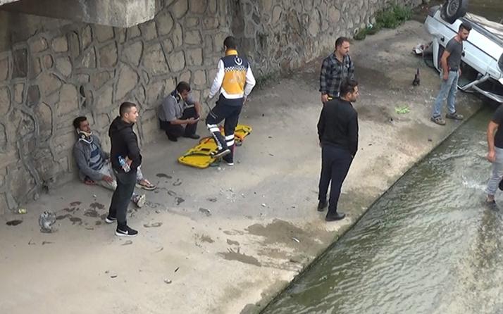 Tokat'ta otomobil kaza yapıp dereye uçtu! Yardıma giden Afgan hastanelik oldu