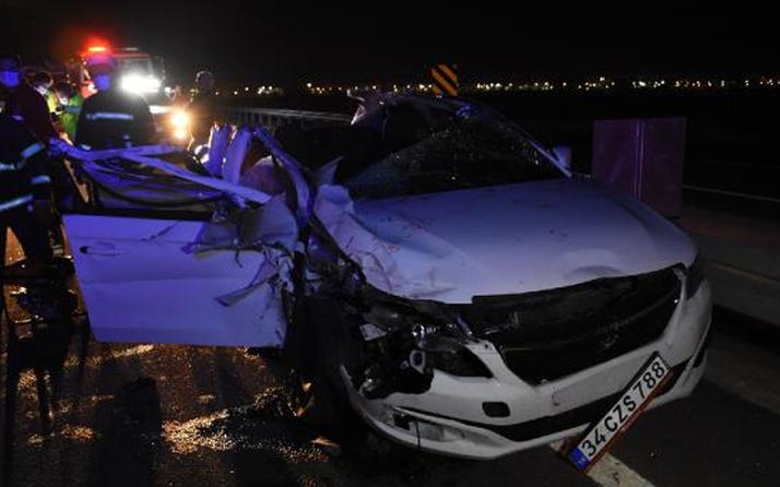 Adana'ya gidiyorlardı! Düğün yolunda feci kaza: 2 kişi öldü, 4 yaralı var