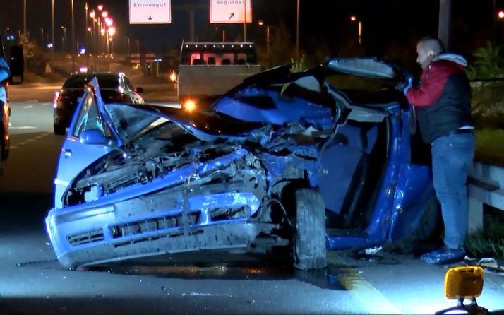 Ankara Yenimahalle'de otomobil belediye işçilerine ve kamyonetine çarptı: 1 ölü, 3 yaralı