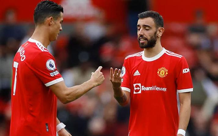 Manchester United'a evinde şok! Son dakikada penaltı kaçırdı