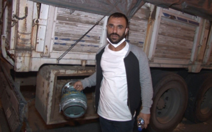 İstanbul'da freni boşalan kamyon 8 araca çarptı! Şoförü piknik tüpüyle dövüldü