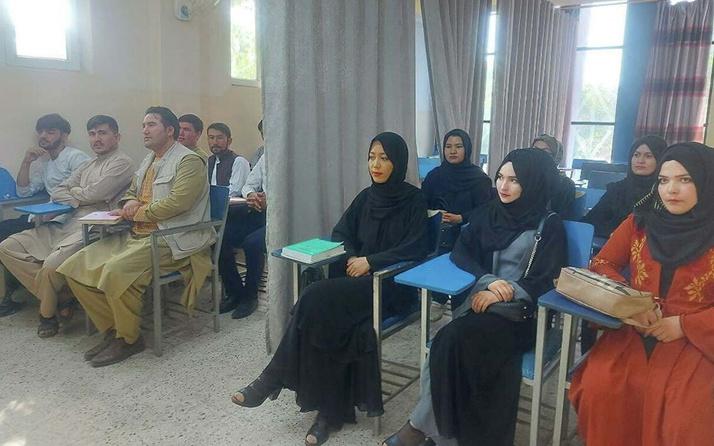 Taliban kadınlara üniversiteyi tamamen yasakladı! Daha önce fuhuş yuvası demişti
